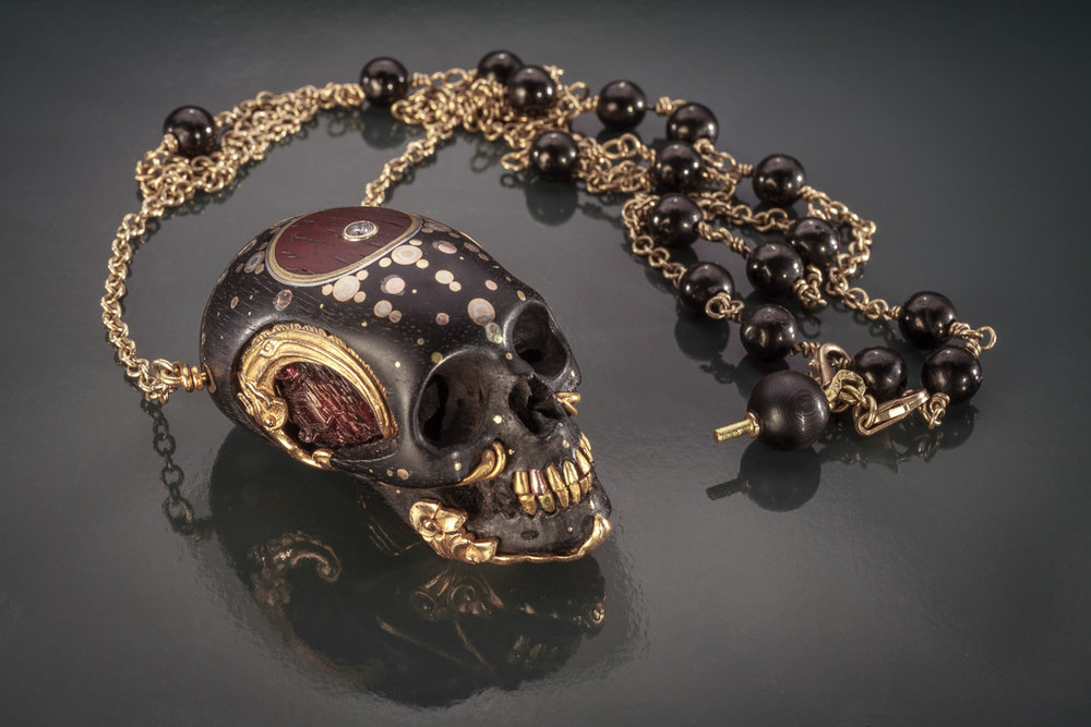 Choose the best skull jewelry store